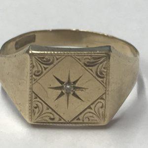 9ct yellow gold diamond signet ring size R