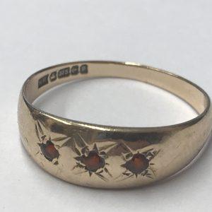 Vintage 9ct Yellow Gold Garnet Ring Size N