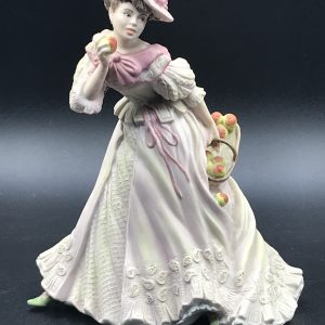 Wedgwood Fine Porcelain Figurine Harriet Designed By Shirley Curzon