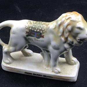 Vintage Crested Ware Lucky Heather Lion From Barry Island